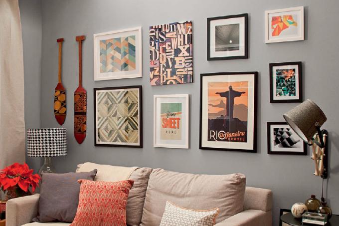 b4faed0cc composicao-quadros-parede-sofa-sala-estar-luminaria-articulada ...